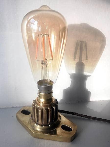 Vintage light bulb table lamp - teardrop